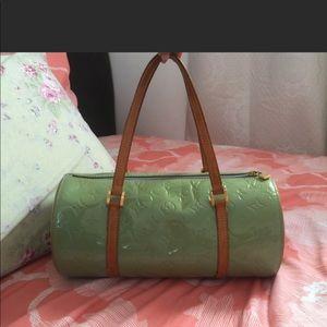 👍🏻 $280😃 today only!100% Louis Vuitton Papillon